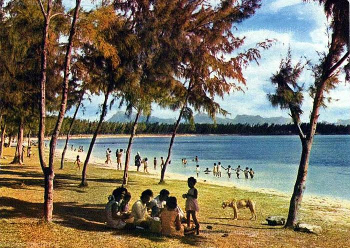 Mont Choisy Public Beach - 1970s