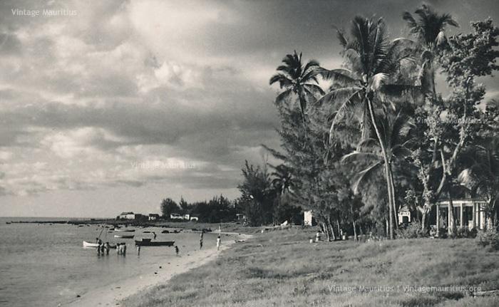 Baie du Tombeau Beach - Mauritius-  1960s