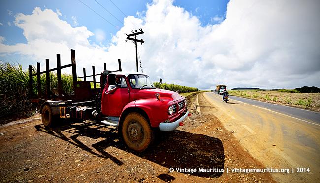 Bedford Lorries J6 - Verdun Cane Harvest - Mauritius