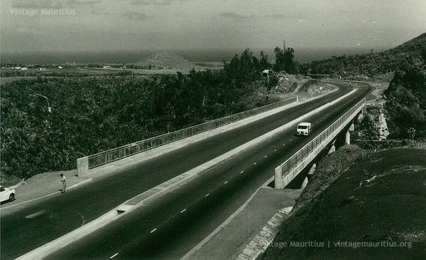 Colville Deverell 1965 M1 Motorway Montage Ory - Vintage