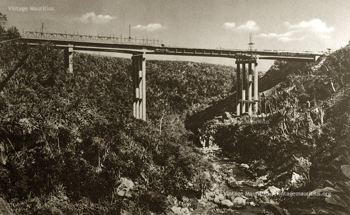 Construction of Coleville Deverell Bridge - Sorreze/Mont Ory - 1960s