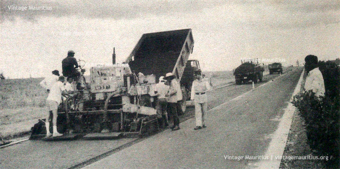 Construction of M1 Motorway - New Asphalt Technique - 1960s