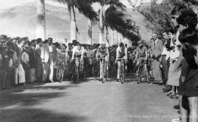 Port Louis - Champ de Mars - Bicycle Racing on St Louis Occasion - 1956