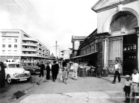 Curepipe Old Market & Chasteauneuf Street - 1960s