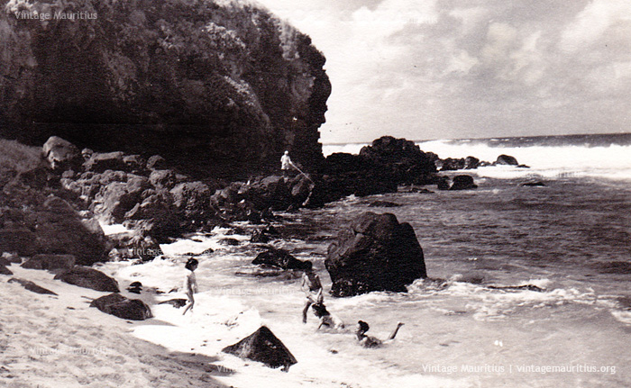 Gris Gris Beach - 1950s - Kids Playing in Water