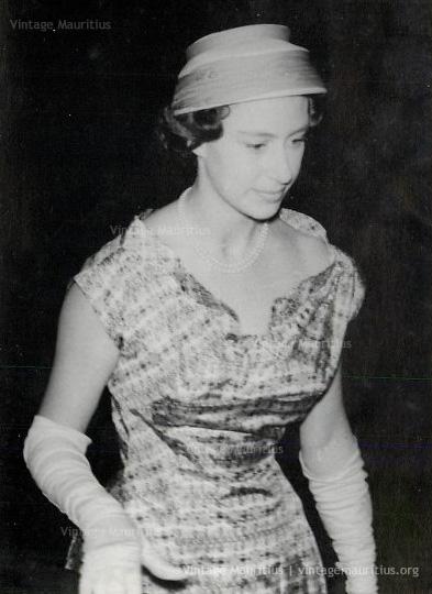 HRH Princess Margaret Visits Mauritius - Mon Loisir Sugar Estate - Sep 1956