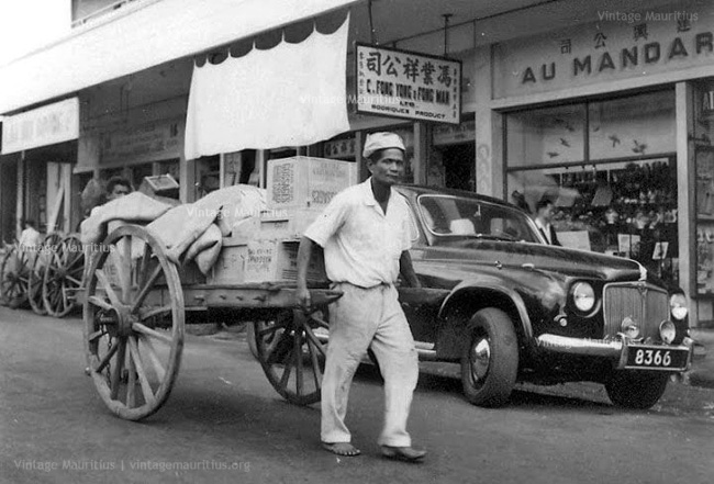 Handcarts - Transport in Mauritius - Charrette a Bras - 1950s
