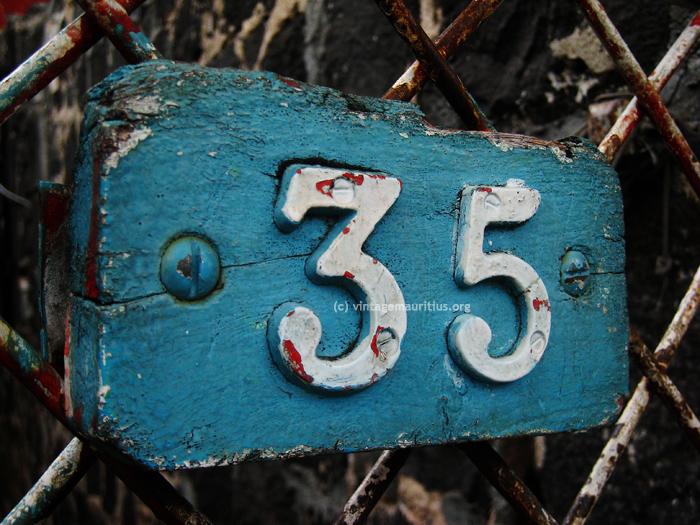 Number 35 | Larry Glover Live