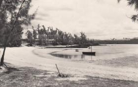 Le Chaland Beach - 1964