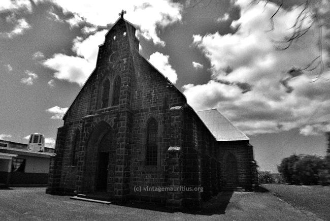 New-Grove-Notre-Dame-Du-Refuge
