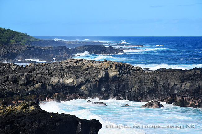 Pont Naturel - Mauritius - Crashing Waves & Cliffs - 2014