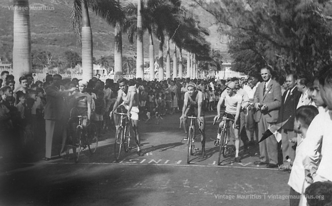Port Louis - Champ de Mars - Bicycle Racing - 1956