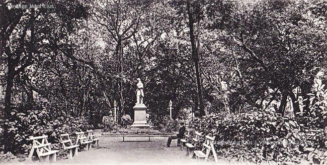 Port Louis - Jardin de la Compagnie - 1890s