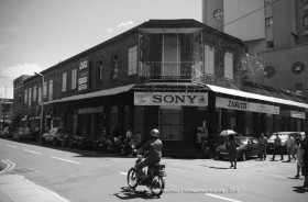 Port Louis - La Chaussee Street - Colonial Building of the Mauritian Past - 2014