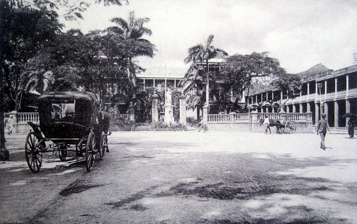 Port Louis - Place D'Armes - 1890s