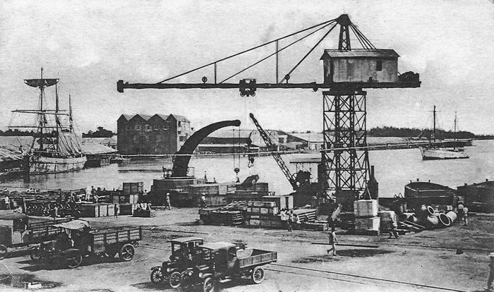 Port Louis Quay Harbour Chien de Plomb 1920s