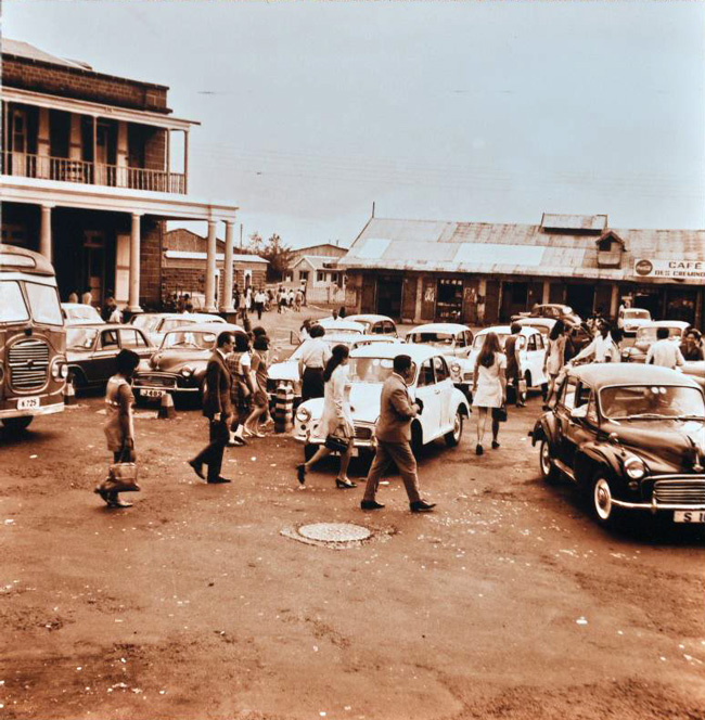 Port-Louis-Taxi-Place-1970-Bus-Stand