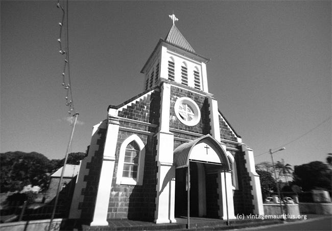 Quatre-Bornes-Notre-Dame-du-Rosaire