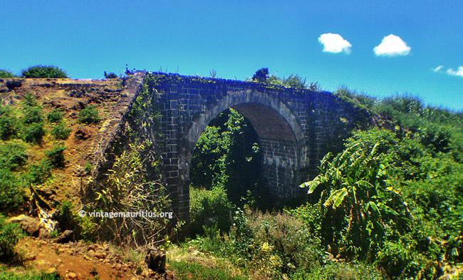 Riviere-Du-Poste-Stone-Bridge