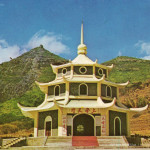 Port Louis – Tien Tan Chinese Pagoda – 1980s