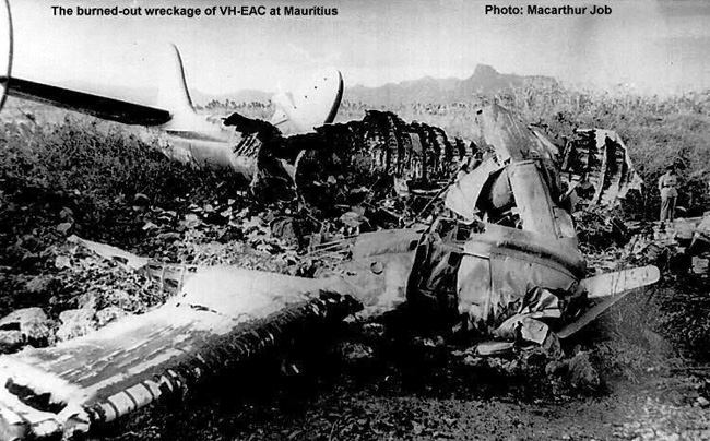 VH-EAC - Qantas Constellation Crash in Mauritius - 1950s